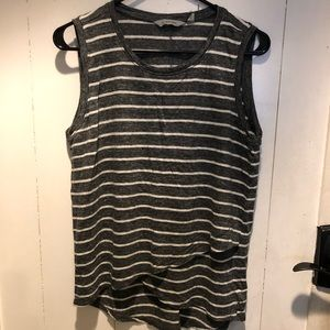 Athleta tank size Md